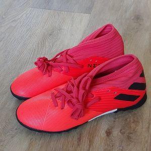 NWT Adidas Nemeziz 19.3 TF Junior Soccer Cleats
